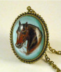 pendant-necklace-for-women-horse-large